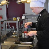 10.06 un11.06 Kvalifikācijas eksāmens ēdināšanas pakalpojumu speciālistiem