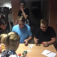 Spēļu vakars dienesta viesnīcā